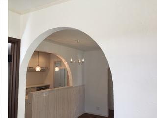 珪藻土塗り壁 キッチン.JPG